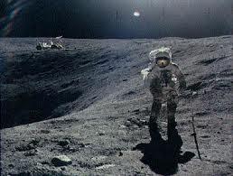 moon explorers
